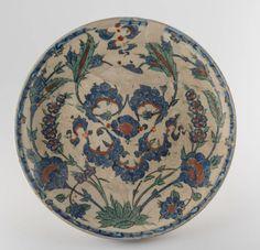 İznik tabak.-Sammlung: Museum für Islamische Kunst