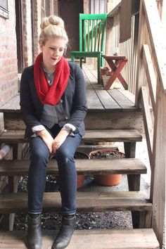 Casual winter weekend style with a red scarf