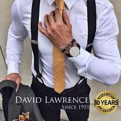 Men's suspenders are a trend that started up in the and have come back today. Suspenders are a great touch to the mens working outfit. It puts the outfit together nicely and is a nice looking accessory. Mode Masculine, Sharp Dressed Man, Well Dressed Men, Fashion Mode, Mens Fashion, Men's Work Fashion, Fashion Menswear, Fashion Clothes, Fashion Fashion