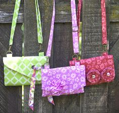 3 Handbags Pattern by Michelle Golightly featuring Extravaganza fabric designed  by Lila Tueller Designs for Riley Blake Designs—Subscribe to our newsletter at http://www.rileyblakedesigns.com/newsletter/ #iloverileyblake #3handbags #bagpattern #michellegolightly