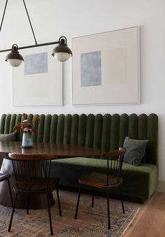 Banquet Seating, Booth Seating, Dining Room Inspiration, Interior Design Inspiration, Life Inspiration, Living Room Seating, Dining Room Design, Dining Room Banquette, Mid Century Modern Kitchen