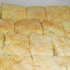 Buttermilchkuchen mit Kokosflocken