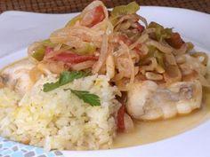 Rape con arroz, verduras y piñones