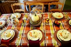 Fall Tablescape perfect tables setting for fall or Thanksgiving