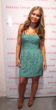 Carmen Electra Platform Pumps - Carmen Electra looked sweet and chic in her mint green printed dress. She topped off the look with patent leather platform pumps. Carmen Electra, Rebecca Taylor, Star Wars, Turquoise Dress, Celebs, Celebrities, Woman Crush, Platform Pumps, Passion For Fashion