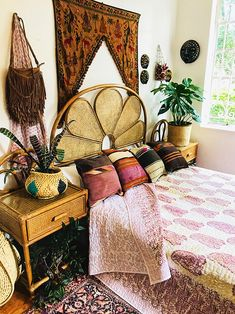 trends apartment designs design bedroom room interi ideas furniture small girls for l simple picture-Relaxing Bohemian Bedroom Design Ideas Bohemian Bedroom Design, Bohemian Decor, Tapestry Bedroom Boho, Bohemian House, Vintage Bohemian, Bohemian Style, Boho Chic, Shabby Chic, My New Room