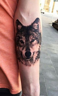 New tattoo sleeve drawings sketches wolves 65 ideas Tattoo Shirts, Top Tattoos, Trendy Tattoos, Body Art Tattoos, Small Tattoos, Wolf Tattoo Design, Tattoo Design Drawings, Tattoo Designs, Wolf Tattoo Sleeve