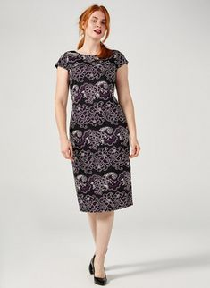 This stunning dress from Ronni Nicole features a gorgeous all-over print, a round neckline, cap sleeved and a zip fastening on the back. This timeless dress will add some beautiful style to your wardrobe for years to come. Qvc Uk, Ronni Nicole, Scuba Dress, Stunning Dresses, Cap Sleeves, Short Sleeve Dresses, Neckline, Zip, Beautiful