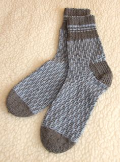 We belive that everyone need to get some cosy feelings especialy in cold wether circumstances. For that I have made hand knited socks which will