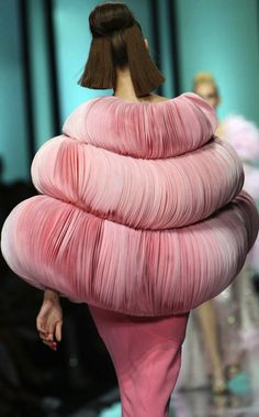 Valentino Haute Couture.........Another designer costume, but who in their right mind would wear it????? Maybe Haute means for show, not to wear, lol