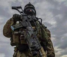 Operaciones Especiales España - MOE-GOE