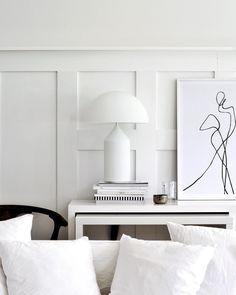 Calming simplicity Living room home decor interior design white minimalist Interior Design Blogs, Contemporary Interior Design, Interior Styling, Interior Inspiration, Modern Contemporary, Rooms Decoration, Decoration Design, Living Room Designs, Living Room Decor