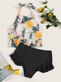 To find out about the Pineapple Print Ruffle Hem Bikini Set at SHEIN, part of our latest Bikini Sets ready to shop online today! Bathing Suits For Teens, Summer Bathing Suits, Cute Bathing Suits, Cute Summer Outfits, Summer Wear, Cute Outfits, Formal Outfits, Rock Outfits, Emo Outfits