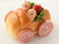 Sandwich Car - Cute recipe for a car-theme  party.