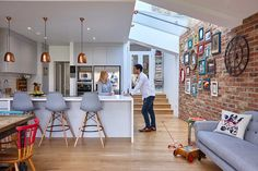 Real home: a colourful kitchen-diner extension Rosie and Tom Foster-Carter spent time shopping around for their perfect project in a quieter part of London, finding inspiration for their dream kitchen extension along the way Kitchen Diner Extension, Home, Kitchen Family Rooms, Open Plan Kitchen Dining, Kitchen Remodel, Open Plan Kitchen Living Room, Kitchen Layout, Kitchen Design, Kitchen Extension