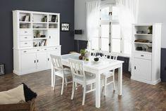 Im schönen Landhaus Stil präsentiert sich diese Esszimmer Serie. Eine edle Erscheinung die gleichzeitig Gemütlichkeit ausstrahlt. Speisezimmer mit Esstisch 160 x 90 cm teilmassiv weiss 167-00381