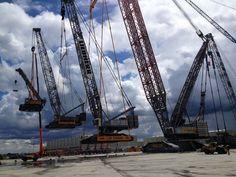 These Cranes lifting cranes lifting cranes