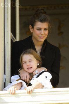 charlotte et alexandra sa soeur