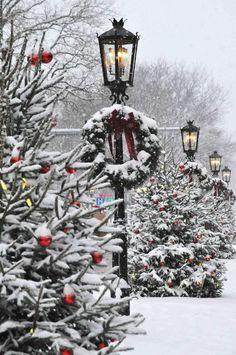 Visit The Enchanting Main Street In Wellsboro, Pennsylvania At Christmas