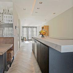 Prachtig kookeiland antraciet geplaatst door Keukenstudio Maassluis