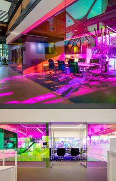 글라스 이탈리아처럼 영롱한 무지갯빛 3M 다이크로익 필름 인테리어 : 네이버 블로그 Industrial Interior Design, Cafe Interior, Partition Design, Architecture, Bold Colors, Offices, Lightning, Volkswagen, Cool Designs