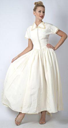Vintage 40s 50s Cream Wedding Dress Full Maxi by thekissingtree