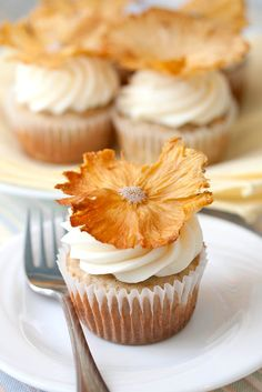... cupcakes hummingbird cupcakes hummingbird cake the hummingbird bakery