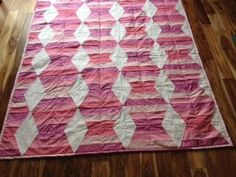 Hugs N Kisses quilt.....fun quilt to make. Quite a challenge for me ;-}