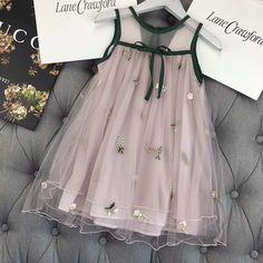Little Girl Dresses Dresses Kids Girl, Cute Dresses, Girl Outfits, Flower Girl Dresses, Fashion Outfits, Little Girl Fashion, Kids Fashion, Baby Dress Design, Kids Frocks