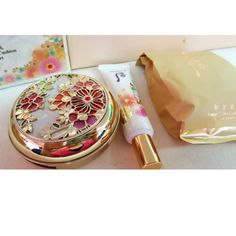 The-History-of-Whoo-GongJinHyang-Mi-Luxury-Golden-Cushion-Special-Limited-Set-LG