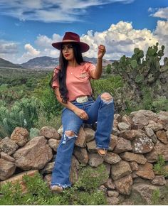 - Source by - Cowgirl Outfits For Women, Cowboy Boot Outfits, Cowgirl Style Outfits, Rodeo Outfits, Summer Cowgirl Outfits, Country Style Outfits, Southern Outfits, Country Fashion, Fiesta Outfit