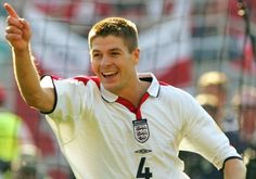 Stevie through the years: 2004 - Liverpool FC