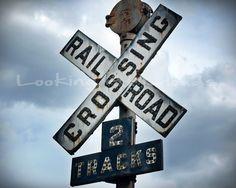 .railroad crossing sign..
