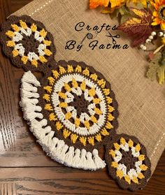 Crochet Flowers, Table Runners, Crochet Hats, Crafts, Herb, How To Make Crafts, How To Knit, Centerpieces, Patterns