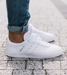All White Adidas Sneakers - Adidas White Sneakers - Latest and fashionable shoes - All White Adidas Sneakers Sneakers N Stuff, Adidas Sneakers, Women's Sneakers, Mens White Sneakers, Lacoste Sneakers, Vintage Sneakers, All White Shoes Mens, Addidas Shoes Mens