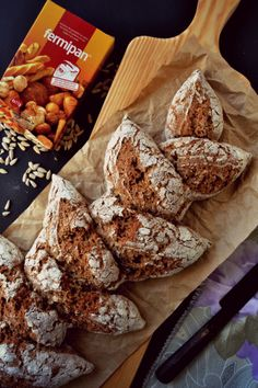 Whole Wheat, Spelt and Rye Bread! Rye Bread, Yeast Bread, Gula, Camembert Cheese, Sandwiches, Bakery, Food And Drink, Health Fitness, Tasty