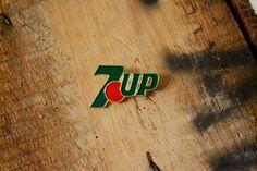 7up Vintage Lapel Pin