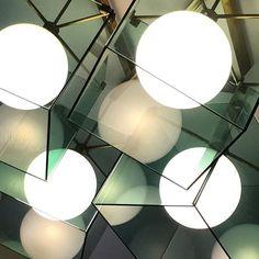 #maxingrand #fontanaarte #classic #masterpiece #greenglass #regram #galleria_o_roma #spheres #modernmasters