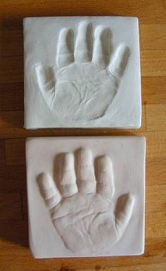 baby hand imprints and outprint tutorial with air dry clay and plaster of paris - POTTERY, CERAMICS, POLYMER CLAY