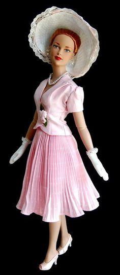 Poupée - robe de style '40-50s (Poupées + Tout en rose)