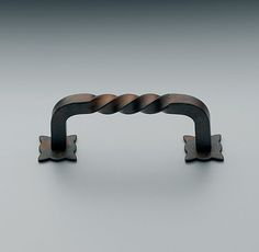 """Rust Twist PullDIMENSIONS 3"""" or 4"""" (center-to-center screw holes)"""