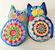 Items similar to Kismet Kitty Toy Babies Children Boys Girls Plush Softee Backpack Mascot item on Etsy Chat Crochet, Crochet Mignon, Crochet Toys, Crochet Baby, Mandala Au Crochet, Crochet Motifs, Crochet Patterns, Crochet Pillow Pattern, Crochet Cushions