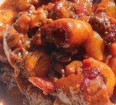 ΣΟΥΠΙΕΣ ΣΤΙΦΑΔΟ Greek Recipes, Fish Recipes, Food N, Fish Food, Greek Beauty, Tasty, Yummy Food, Appetisers, Chicken Wings