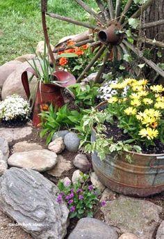 45 Impressive Summer Planter Design Ideas For Front Yard Decoration Small Front Yard Landscaping, Landscaping With Rocks, Backyard Landscaping, Landscaping Ideas, Stone Landscaping, Landscaping Melbourne, Country Landscaping, Diy Garden Decor, Garden Art