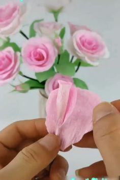Le plus récent Aucun coût Fleurs diy decor Style Paper Flowers Craft, Paper Crafts Origami, Flower Crafts, Diy Flowers, Fabric Crafts, Flower Diy, Origami Flowers, Felt Flowers, Diy Paper