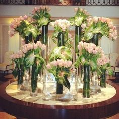Big bunches of pale pink and green florals are preppy perfection at Wilshire (A Four Seasons Hotel).