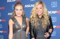 Maddie & Tae first Female Duo in country Airplay Top 10 since 2007!