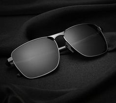 sunglasses mens HD Aviator Polarized Sunglasses Th - sunglasses Best Aviator Sunglasses, Men Sunglasses Fashion, Best Mens Sunglasses, Top Sunglasses, Trending Sunglasses, Polarized Sunglasses, Mens Glasses, Image Hd, Moda Masculina