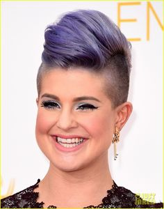 Kelly Osbourne & Giuliana Rancic Get All Dressed Up for Emmys 2014!