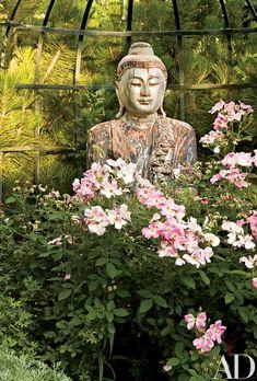 The lush Buddha garden | archdigest.com
